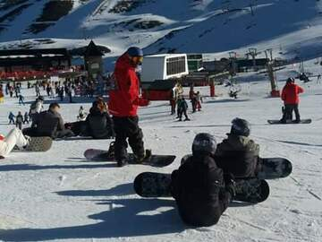 Experience (price per person): Snowboard lessons in Sierra Nevada