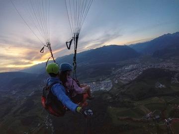 Experience (price per person): Paraglider tandem flight Pfalzen