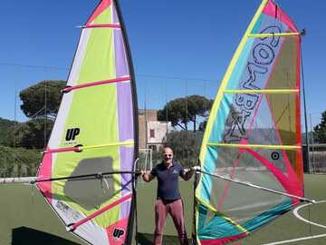 Experience (price per person): Windsurfing lessons