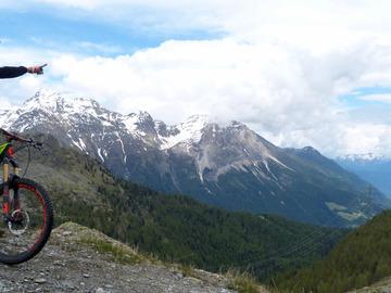 Adventure (price per person): Enduro at the foot of Bernina