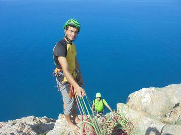 Experience (price per person): Multipicth climbing on the sea in Sicily