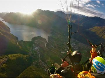 Esperienza (prezzo a persona): Volo Tandem sotto un arcobaleno speciale - Valle delle Chiese