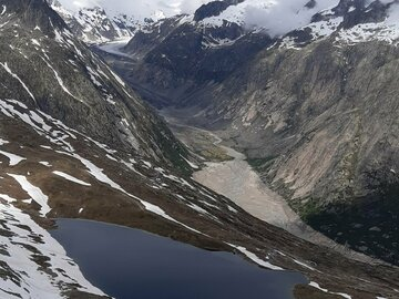 Adventure (price per person): 2 days panoramic hike Grimselpass to Goms with luggage transport