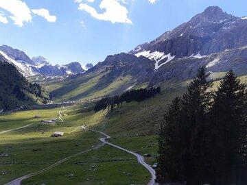 Adventure (price per person): Kandersteg - Ueschene - Bunderchrinde - Adelboden