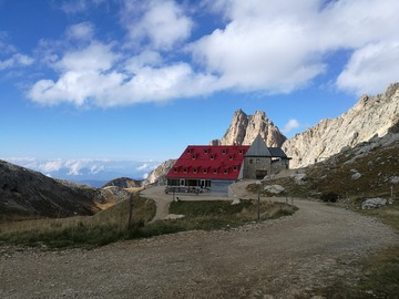 Experience (price per person): Through the Dolomites - 3 days between Sciliar and Rosengarten