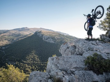 Experience (price per group): Customized routes for groups in North Alicante