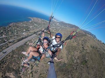 Esperienza (prezzo a persona): Vola in Parapendio Biposto