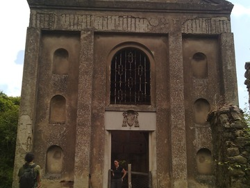 Experience (price per person): Rediscovering Africo Vecchio