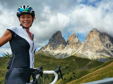 Experience (price per person): Sellaronda - Bike Tour dei 4 Passi Dolomitici