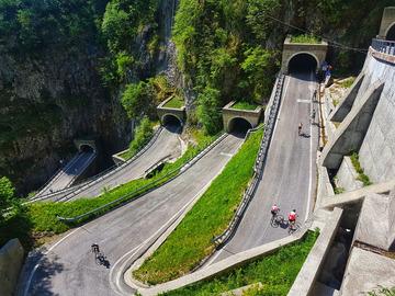 Experience (price per person): Bike Tour del Passo San Boldo e Lago di Santa Croce