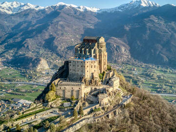 Experience (price per person): La Sacra di San Michele - giornata intera