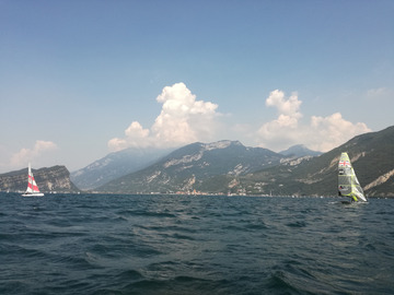 Viaggio (prezzo per person): Upon Garda waters, among prealp mountains