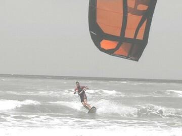Experience (price per person): basi approccio kitesurf