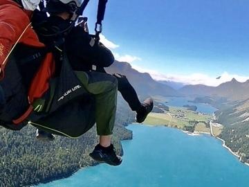 Entdeckung (preis pro person): Tandem Paragliding Flight
