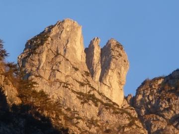 Adventure (price per group): Su Ali d'Aquila – L'Aquila di Tramonti
