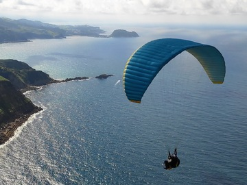 Adventure (price per person): PARAPENTE EN ZARAUTZ