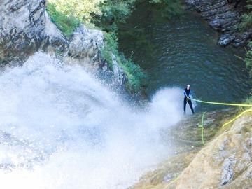 Experiencia (precio por persona): Canyoning Lago di Garda Strong