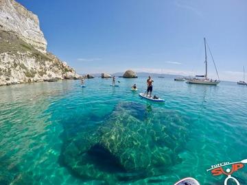 Esperienza (prezzo a persona): Escursione in SUP e snorkeling alla Sella del Diavolo - Cagliari