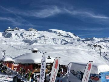 Entdeckung (preis pro person): Ski private lesson in La Thuile - La Rosiere (full day)