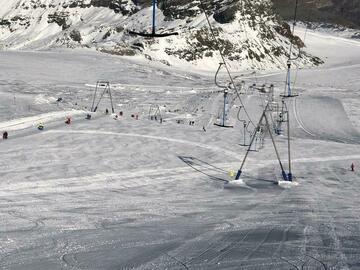 Experiencia (precio por persona): Ski lesson in Cervinia - Zermatt (full day)