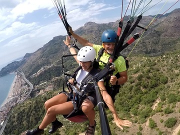 Experience (price per person): Volo in Parapendio in Sicilia