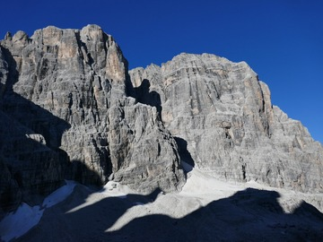 Adventure (price per person): GUIDE ROUTE, CROZZON DI BRENTA, DOLOMITES