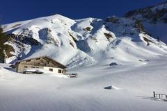 Adventure (price per person): Intensive ski touring course