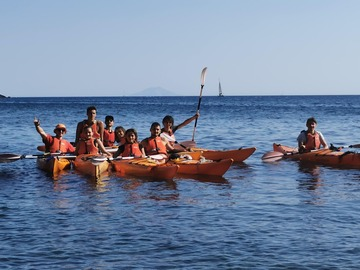 Experience (price per person): Escursione in Kayak