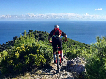 Experience (price per person): Enduro a Finale Ligure