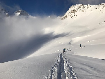 Experience (price per group): Introduction to Ski Touring