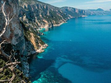 Experience (price per person): Selvaggio Blu Sardegna