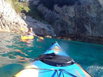 Experience (price per person): Kayak tour alla Baia delle Sirene