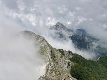 Experience (price per group): Escursione sulle due vette della montagna cava