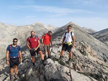 Experience (price per group): LEFKA ORI mountain range crossing 1
