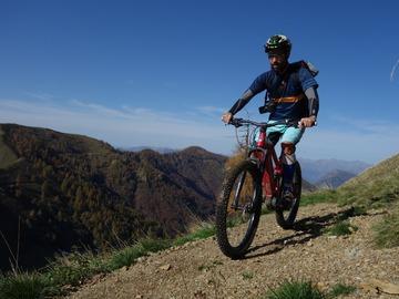 Esperienza (prezzo a persona): Bike tour Val Varrone - lago di Como